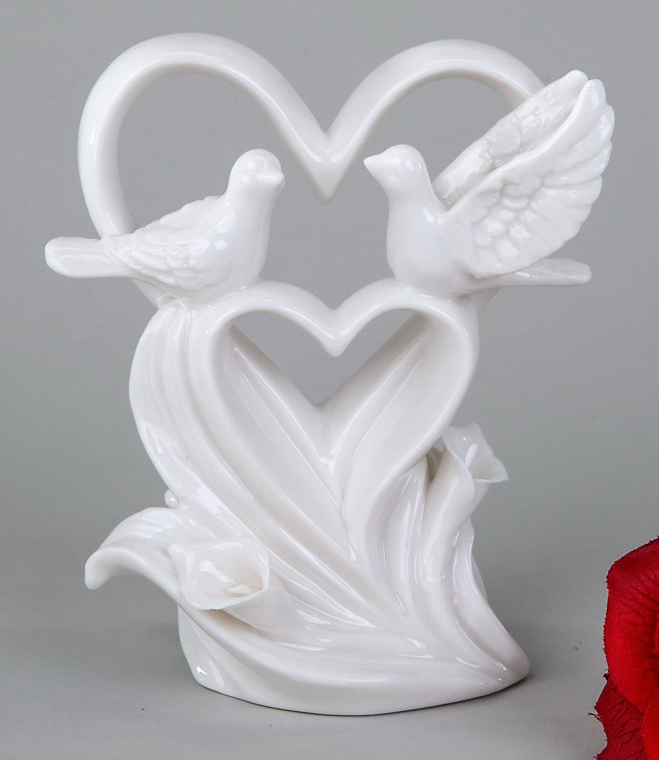 deko objekt herz mit tauben artikel skulptur figur herzform tischdeko hochzeit ebay. Black Bedroom Furniture Sets. Home Design Ideas
